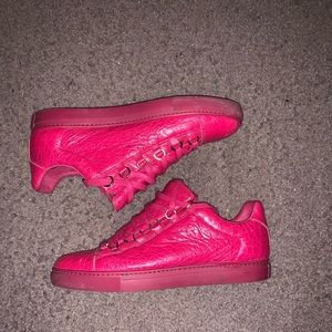 Balenciaga low sneakers red size eu 40 us 7